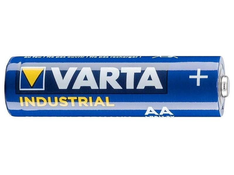 Detail einer Varta Industrial AA Batterie